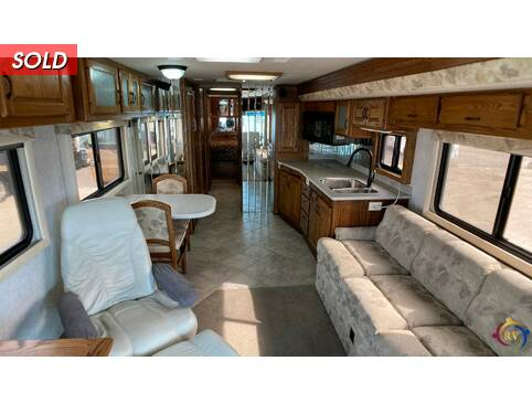 2001 Country Coach Intrigue 36